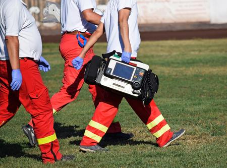 Ambulance Sachen Standard-Bild - 61832330
