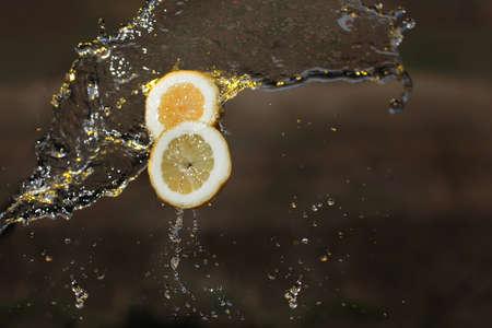 frescura: Agua Lim�n cae c�tricos fresco frescura amarilla
