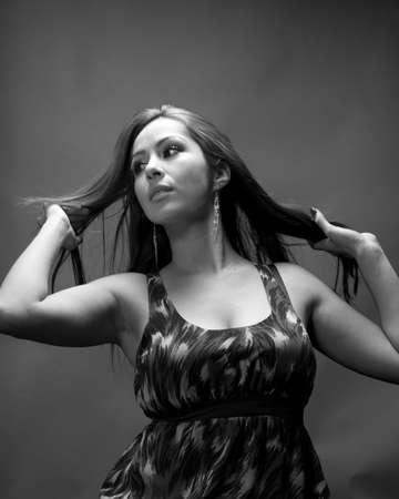 low blouse: Hidpanic model in her late 20
