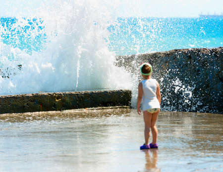 gale: Dangerous waves and child
