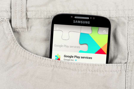 samsung galaxy: Simferopol, Russia - April 16, 2015: Photo of Google play application on the Samsung galaxy display. Google Play, originally the Android Market, is a digital distribution platform operated by Google. Editorial