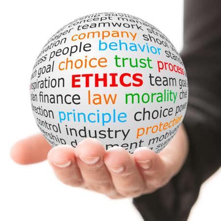 Conception de l'éthique. La main prend la balle blanche avec wordcloud et parole éthique en couleur rouge. Banque d'images