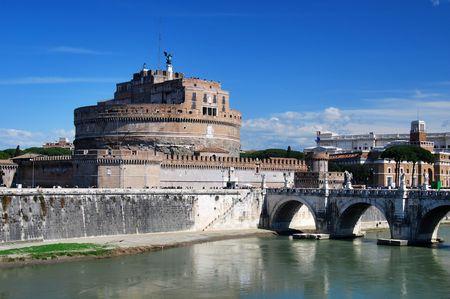 spqr: Castillo de San Angelo en Roma  Foto de archivo
