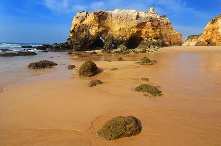 praia: Praia da Rocha in Portugal
