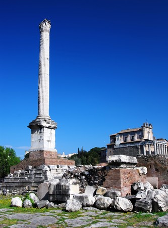erected: The column erected in honour of the Byzantine emperor Phocas (608 AD) is the last addition to the Roman Forum.