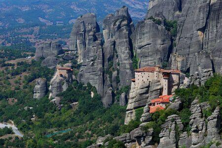 monasteri: Meteora � uno dei pi� grandi e importanti complessi dei monasteri ortodossi orientali in Grecia  Archivio Fotografico