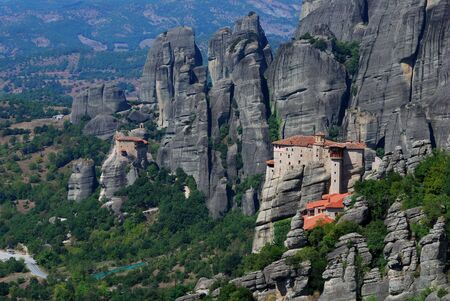 Meteora is one of the largest and most important complexes of Eastern Orthodox monasteries in Greece 免版税图像