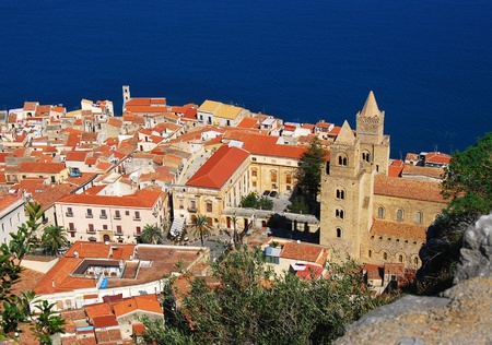 Top view at town Cefalu in Sicily. Cefalu is located on the northern coast of Sicily, Italy on the Tyrrhenian Sea The town is one of the major tourist attractions in the region. Stockfoto