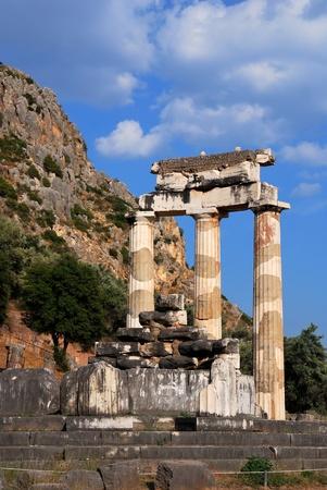 The Tholos at the sanctuary of Athena Pronaia, Delphi, Greece 免版税图像