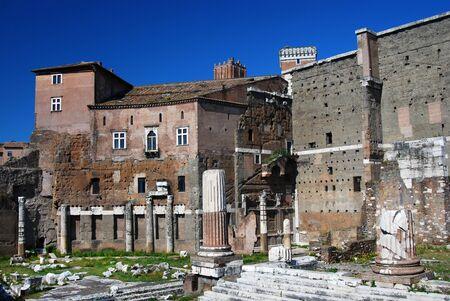 spqr: El Foro de Augusto es uno de los foros imperiales de Roma, construido por Augusto. Foto de archivo