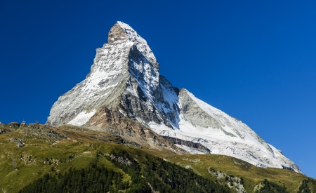 Matterhorn  Monte Cervino  is one of the highest summits from Europe  Zermatt, Switzerland 免版税图像 - 16635663