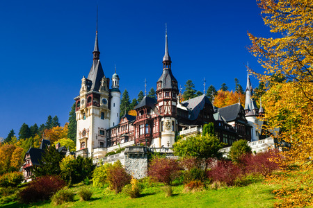 Sinaia, Romania. Peles Castle, romanian kings summer residence in Carpathian Mountains. Stok Fotoğraf - 34966632