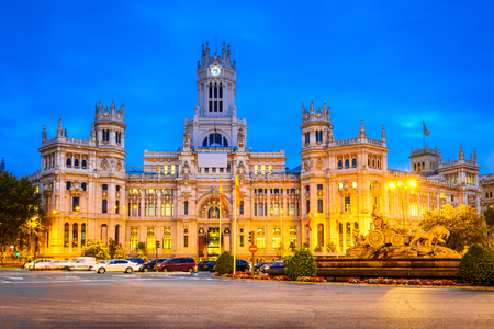 plaza de la cibeles: Madrid, Spain. Dusk view of Plaza de la Cibeles ( Cybeles Square ) - Central Post Office ( Palacio de Comunicaciones )
