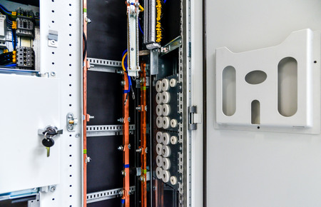 busbar: Low-voltage cabinet for power and distribution electricity. Uninterrupted, electrical voltage.