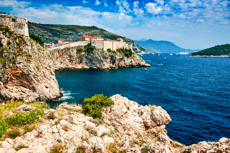 ragusa: Dubrovnik, Croatia. Spectacular picturesque view on the old town of Ragusa and Lovrijenac Fortress. Stock Photo