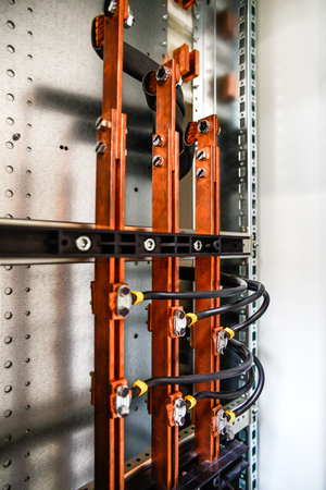 Busbars and low-voltage cabinet for power and distribution electricity. Uninterrupted, electrical voltage. Zdjęcie Seryjne