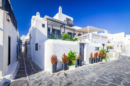 Aegean, aegean sea, alley, amazing, antique, balcony, blue, cobblestone, craft, cultural, cyclades islands, destination, door, European, famous place, Greece, greek, Greek Islands, Hellenic, heritage, 免版税图像