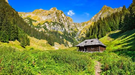 Fagaras Mountains, Romania. Highest mountan range in romanian Carpathians, famous for trekking, hiking and mountaineering. Standard-Bild