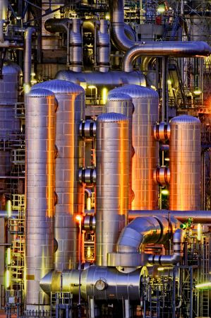 plant science: Intimate details of a chemical production facility at night