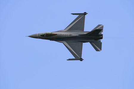 F16 performing on the Sanicole Air Show, Belgium