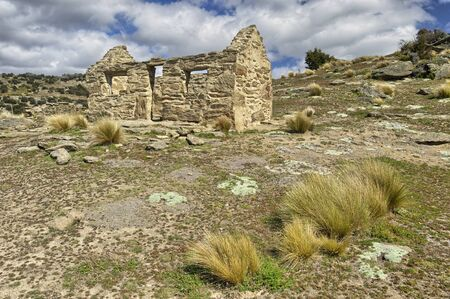 Abandoned miners house in Bendigo, South Island, New Zealand Stok Fotoğraf