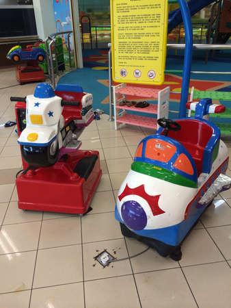 ショッピング センターで子供の遊び場