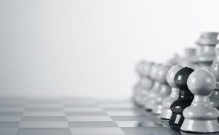 Rassismus Konzept Schach Illustration, weißen Hintergrund Lizenzfreie Bilder