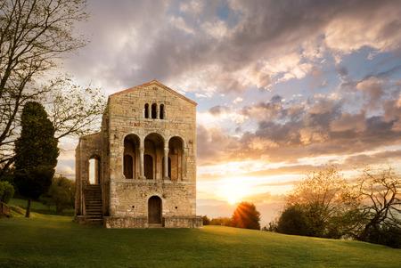 Santa Maria del Naranco, Oviedo, Asturias, Spain, Europe. Small palace church with crypt from the Pre-romanesque period. Top touristic cultural travel destination and UNESCO heritage. Banco de Imagens - 92395470