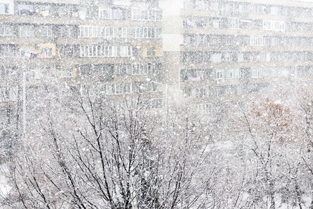 Heavy snowfall or snowstorm in urban area or city
