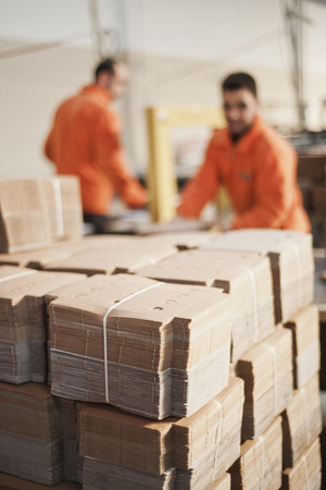 Cardboard packaging production