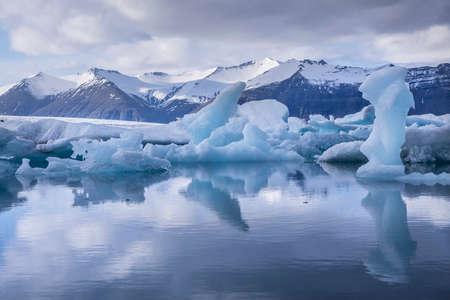 blue lagoon: Blue iceberg at the Jokulsarlon glaciar lagoon in Iceland