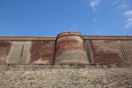 punjab: ancient brick walls and defensive tower of bathinda fort in punjab india Stock Photo