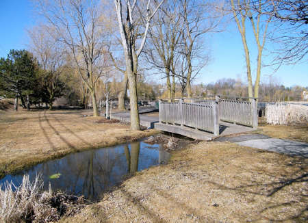 oakbank: Overpass at Oakbank Pond in Thornhill,Canada