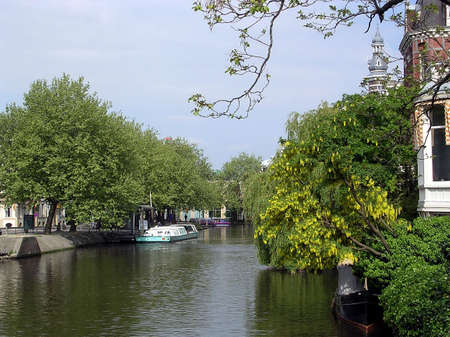 Typical canal May 2003 in Amsterdam, Netherlands           Stock Photo - 7305009