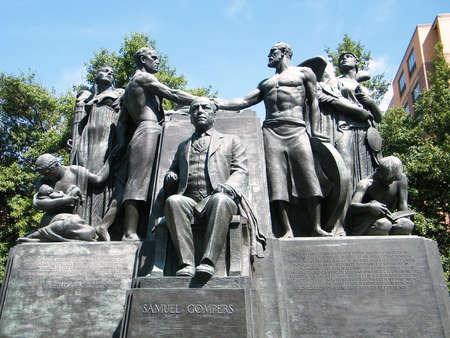 Memorial de sindicalista estadounidense Samuel Gompers en Washington DC  Foto de archivo