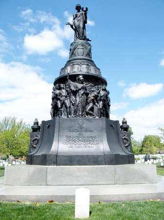 national military cemetery: The Confederate Memorial in Arlington National Cemetery in Virginia, USA