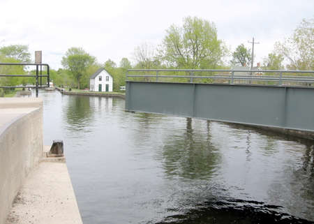 rideau canal: The lock opened on the Rideau Canal in Merrickville of Ontario, Canada