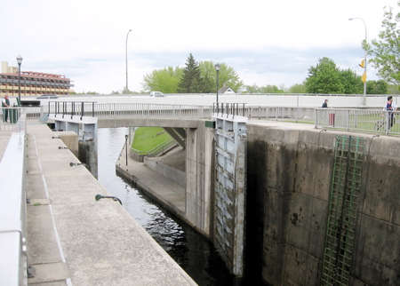 rideau canal: Lock on the Rideau Canal in Smiths Falls in Ontario, Canada