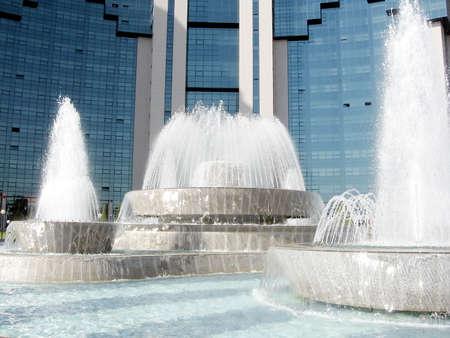 The beautiful fountains on Yunusabad Square in Tashkent, the capital of Uzbekistan Stok Fotoğraf