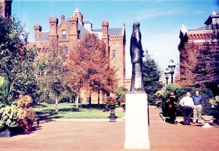 spencer: Spencer Baird statue in Smithsonian in Washington, in 2000, DC USA