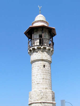 The minaret of  Al-Bahr Mosque in old city Jaffa, Israel Banco de Imagens - 47234522