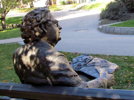 critic: Sculptural portrait of literary critic Northrop Frye near Victoria College of the University of Toronto Ontario, Canada Editorial