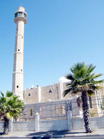 aviv: High minaret of Hasan-bey Mosque in Tel Aviv, October 2010 Israel
