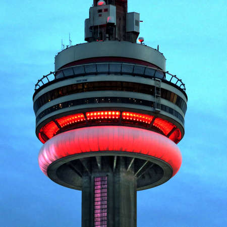 building cn tower: Main part of the CN Tower evening in Toronto, Canada, September 13, 2016