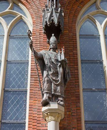 founder: Statue of Bishop Albrecht von Buxthoeven, Founder of Riga