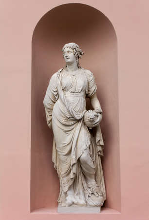 Neoclassic Marble Statue Banque d'images