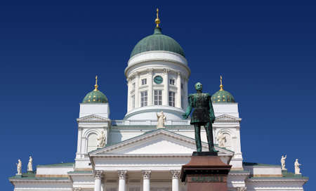 corinthian column: View of the facade of the Helsinki Cathedral with the bronze statue of Alexander II in the foreground