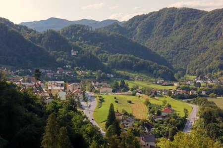 Landschaftsansicht von Rimske Toplice, Slowenien, im Hochsommer