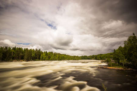 flowing river: Free Flowing River