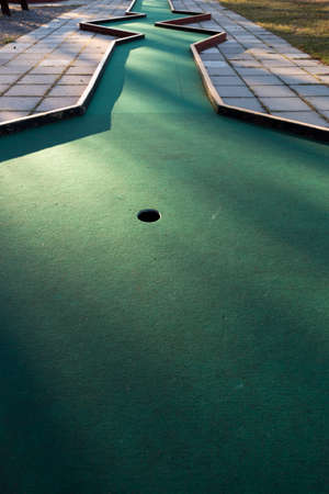 putt: Miniature Golf Course Cup